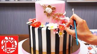 Торт для девушки. Украшение торта цветами из мастики