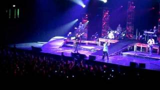 Kelly Clarkson - Don't Let Me Stop You (Wembley Arena, London, 2.19.2010)