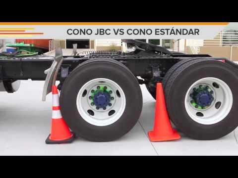 CONO DE TRÁFICO JBC VS CONO ESTÁNDAR