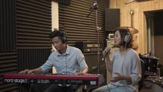 [Live in 25] Close to you - The Carpenters (cover by Trang Tooc and pianist Pham Quang Hoc)