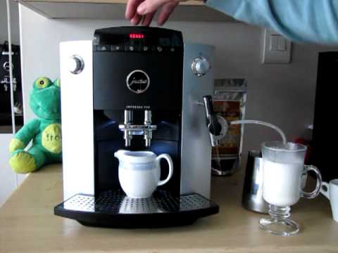 Making a caffè  latte with a Jura Impressa F50