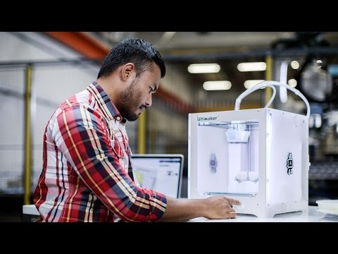 Ultimaker 3 3D printer