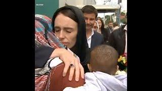 Thủ Tướng New Zealand Tưởng Nhớ Nạn Nhân Vụ Xả Súng (VOA)