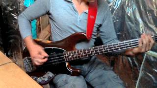 Happy man - Chic (1978) - bass playalong
