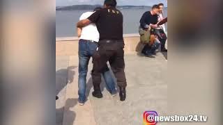 Во Владивостоке охранники ДВФУ разогнали согласованную акцию активистов Навального