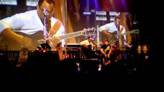 ISRAEL HOUGHTON - SURPRISE    Feat. Aaron Lindsey    NEW RELEASE        live  Excellent Quality