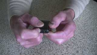 preview picture of video 'How to Replace a Battery for a Toyota Prius (Key Fob)  Remote'