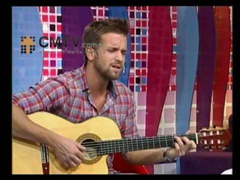 Pablo Alborán video Entrevista y acústico - Diciembre - 2012