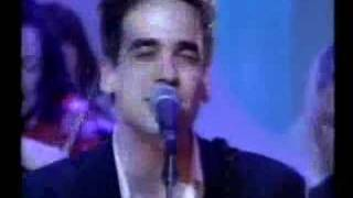 3 Colours Red 'Beautiful Day' (Top of the Pops '99)