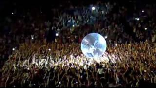 Party Animal - Akon live at Summerbeatz Sydney 2010 IN THE BIG BALL!
