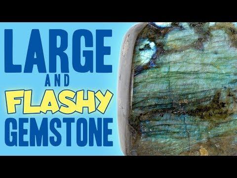 Unboxing a LARGE & FLASHY Gemstone