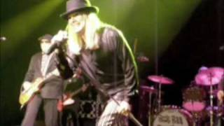 Cheap Trick - Baby Loves To Rock