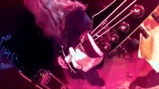 Six Feet Under - Silent Violence live (Ola headstock cam)