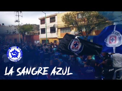 """""""La Sangre Azul en Toluca"""" Barra: La Sangre Azul • Club: Cruz Azul"""