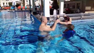 Мама в бассейне Египет обзор номера Риксос