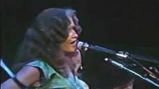 Linda Ronstadt & Bonnie Raitt - Blowing Away
