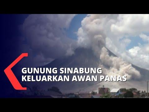 gunung api sinabung kembali mengeluarkan awan panas status siaga level