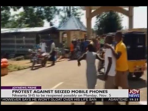 Protest Against Seized Mobile Phones - JoyNews Prime (31-10-18)