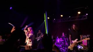 Brand New Moves - Hey Violet  Live