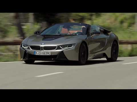 2019 BMW I8 Roadster (Donington Grey) – Driving Scenes