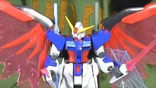 ガンプラ:HGデスティニーガンダム組立完成レビュー動画!光の翼エフェクトパーツ付きでお得です!シン・アスカ搭乗機!!