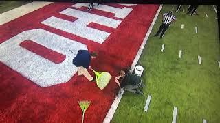 Ohio vs Wisconsin turf gets ripped 15 minute delay