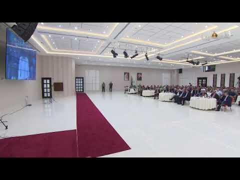 رئيس الفلسطيني  و الوفد الرسمي يتابعون نهائي كاس الافريقي