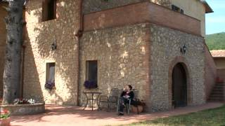 preview picture of video 'I Pini, Country Living in San Gimignano'