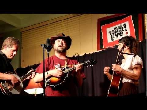 250 Oak Street Ramblers - Mad Toast Live!