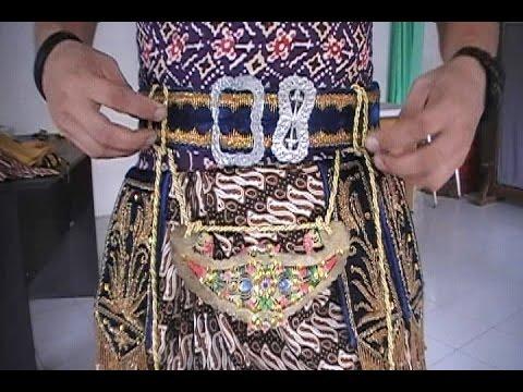 Video Cara Mengenakan Kostum Tari Jawa Halus - How to Wear Javanese Dance Costume [HD]