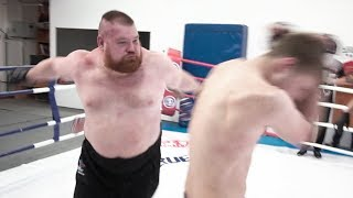 Big fat 150kg russian fighter VS 2 professional MMA fighters / Insane fight
