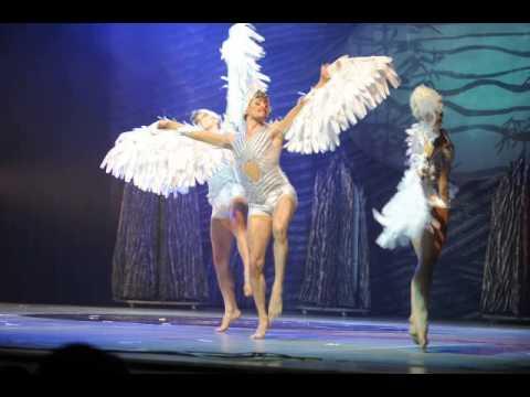 """Фото: Киев модер-балет """"Лебединое озеро""""_01"""