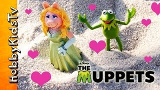 Disney Kermit, Miss Piggy, ROMANCE at the Park! [Muppets Movie] [the Frog]