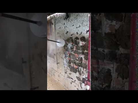 Idro Demolizione Intonaco Muro Pietra