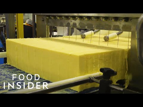 Making Creamy Cheddar Cheese in Vermont