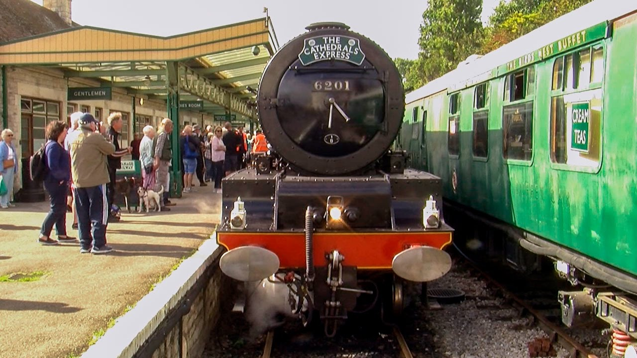 The Cathedrals Express to Swanage 2016