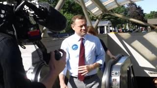 Tom Perriello, LuAnn Bennett After Riding Metro from Ballston to Clarendon (6/9/17)