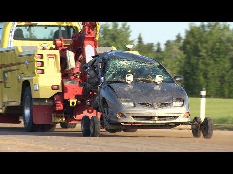 Five dead including three sisters after crash near Edmonton, Alberta