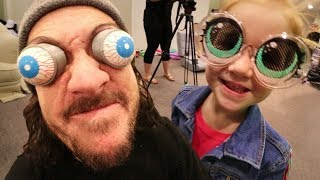 FUNNY FAMiLY COSTUMES!! Random Runway Show On Our Green Screen With Niko And Adley!
