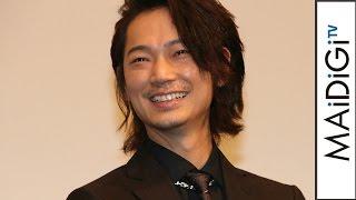 綾野剛、日本のエンタメは「潔癖症」迫真演技に共演者は衝撃映画「日本で一番悪い奴ら」初日舞台あいさつ1