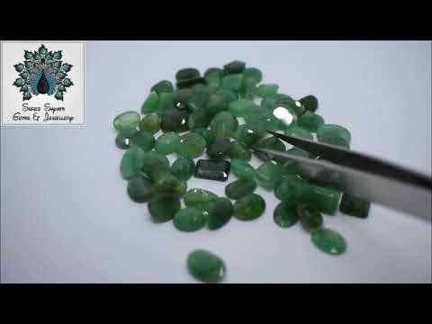 7.5 Ratti Natural Emerald Green Gemstone