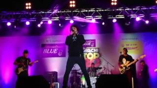 Zara Sa, singer KK live at Mirchi Top 20 Concert, MMRDA Grounds, Mumbai, 11 Feb 2017