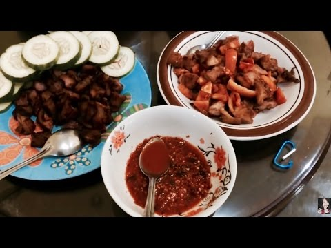 Foreigners Try SEI BABI (The Most Popular Meat From Kupang) | INDONESIAN FOOD