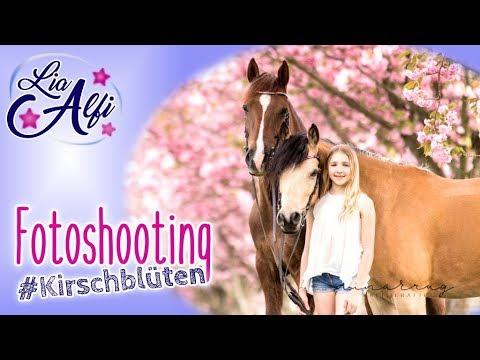 Lia & Alfi - Fotoshooting unter Kirschblüten mit den Ponys