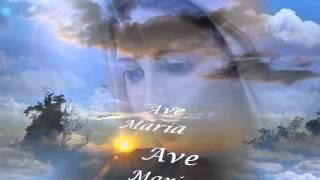 Ave Maria No Morro (Andrea Bocelli)