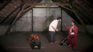 Video Kapitáni průmyslu - Až se světlo objeví (OFFICIAL PUNK KLIP)