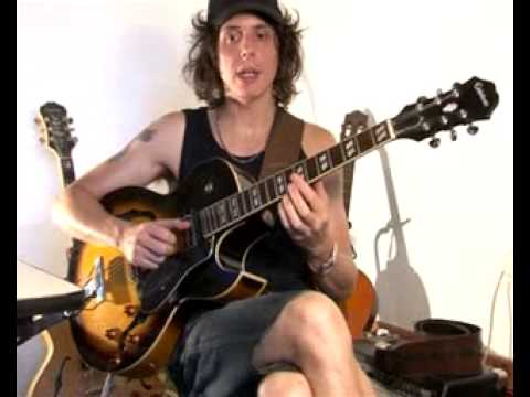 Minor Jazz Chord Progression - Jazz Guitar Lesson
