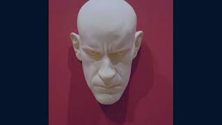 Sculpture by Ron Mueck Video
