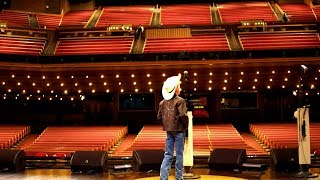 Mason Ramsey Takes the Grand Ole Opry Stage - Video Youtube
