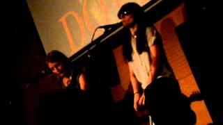 DOVER acústico en el FNAC de Barna: Spectrum + Devil came to me + Loli Jackson
